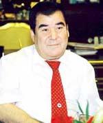T�rkmenistan'�n ilk Cumhurba�kan� Saparmurat T�rkmenba�� Hakk�ndaki Yaz�lar, Siyasi Hayat� 1940 - 2006
